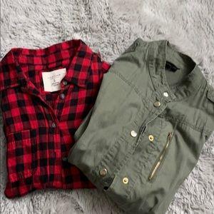 🌹Bundle. Plaid sweater & green jacket